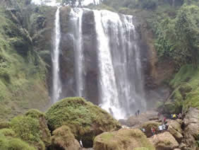 curug sewu waterfall